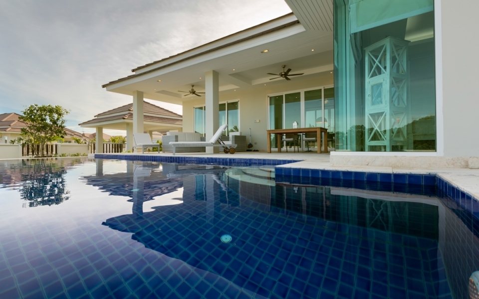 Thailand Hua Hin RED MOUNTAIN WOODLANDS Villa Haus Ferien pool